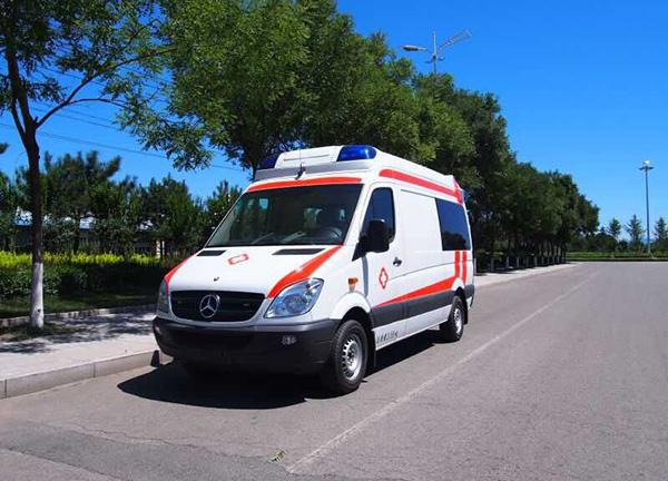太阳能救护车供电系统改装